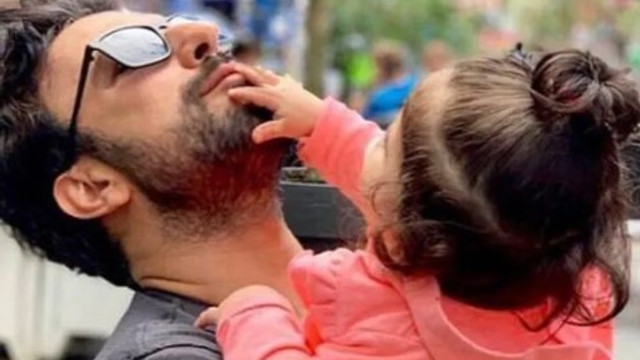 Tarkan kızı Lila ile fotoğrafını paylaştı