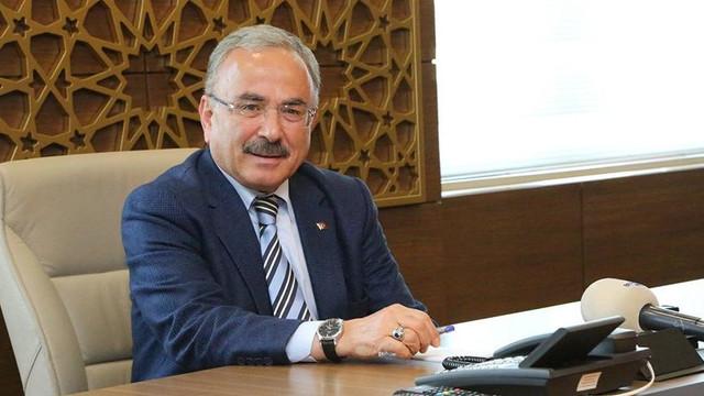 250 bin lira maaşı olan AK Partili başkana tepki