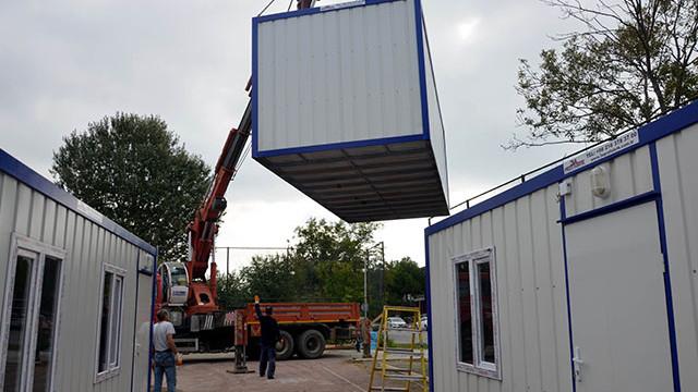 Üniversitede konteynerle eğitim başlıyor