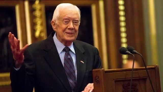 ABD eski Başkanı Carter hastaneye kaldırıldı