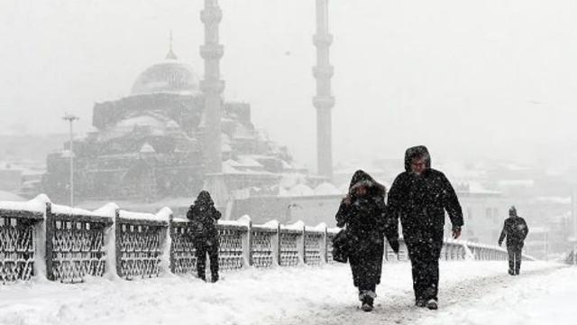 İstanbul'a kar yağacak mı ? Meteoroloji'den flaş açıklama
