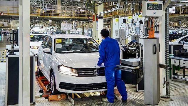 İşte Volkswagen'in Türkiye'yi seçme nedeni: Ucuz işçi!