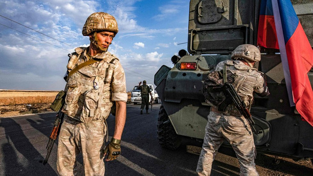 300 Rus askeri polisi Türkiye sınırında