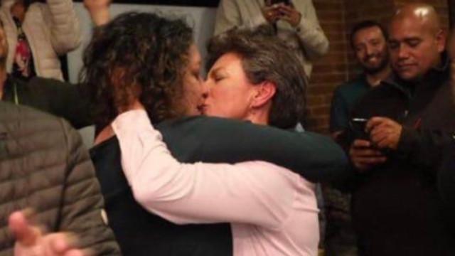 Bu bir ilk! Başkente eşcinsel başkan
