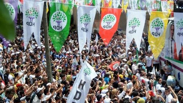 HDP Meclis'ten çekilecek mi ? Bomba öneri...