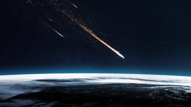 Bilim insanlarından korkutan uyarı: Uzaylılar bizi gözetliyor
