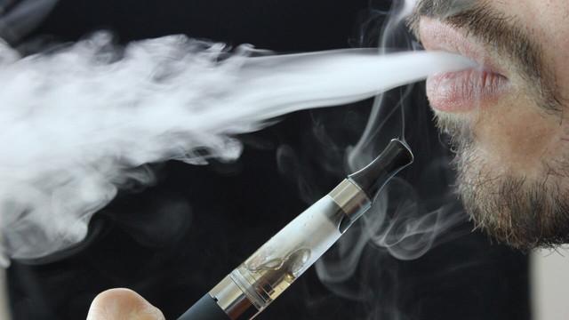 Elektronik sigara içenlere ''büyük müjde!''