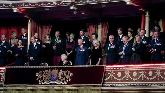 İngiltere'yi sarsan kare: İşte ayrılığın resmi