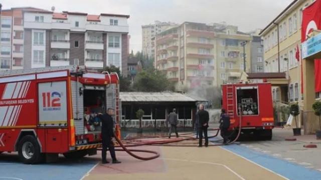 İlkokulda yangın paniği! Eğitime ara verildi