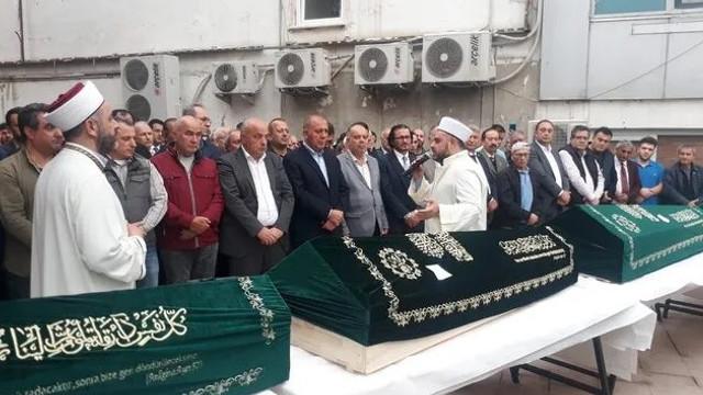 Evlerinde ölü bulunan 4 kardeş defnedildi