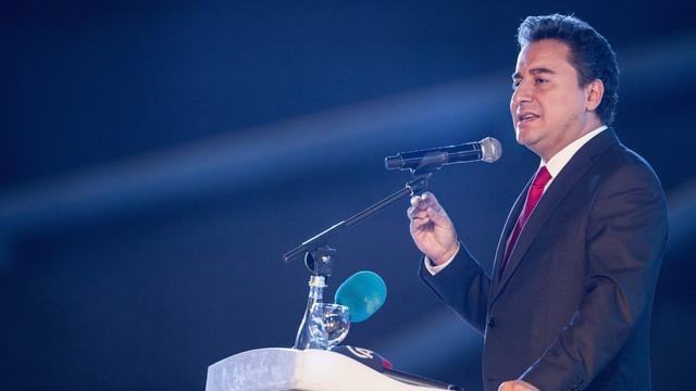 Ali Babacan'ın partisinin ismi belli oldu mu ?