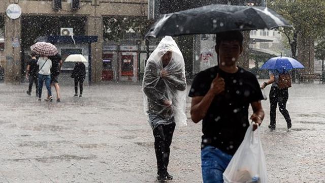 Meteoroloji İstanbul ve Ankara'yı uyardı ! Şemsiyeleri hazırlayın...