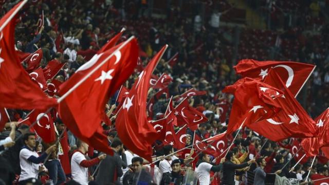 Türk Telekom Stadı'nda İzlanda Milli Marşı ıslıklandı