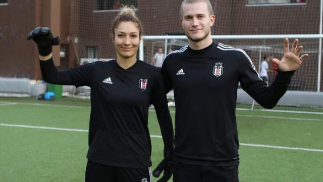 Karius'tan Beşiktaş'ın kadın ve altyapı takımına ziyaret