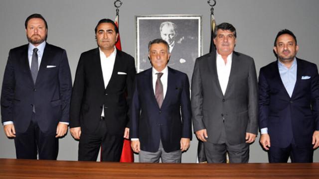 Serdal Adalı ve eski yönetimden Çebi'ye ziyaret