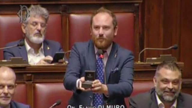 Milletvekilinden mecliste ilginç evlenme teklifi