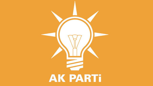 AK Parti'de 2 istifa daha!