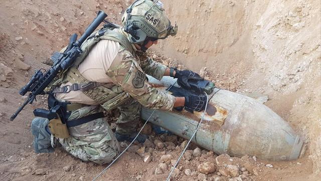 PKK asker bombaları kullanmış ! Asker böyle imha etti