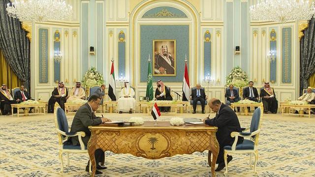 Yemen'de imzalar atıldı