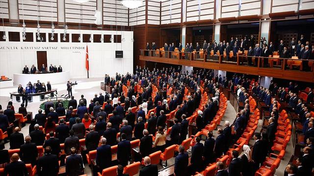 AK Partili eski bakan Meclis'te şirketini böyle kurtardı