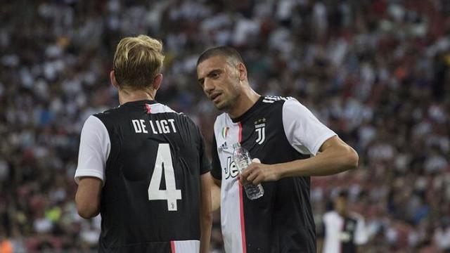 Juventuslu taraftarlar isyan bayrağını çekti! Merih Demiral...