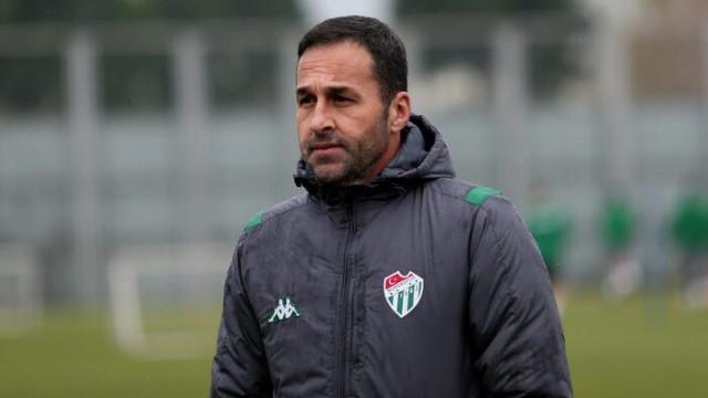 Bursaspor teknik direktörü Yalçın Koşukavak'tan istifa açıklaması