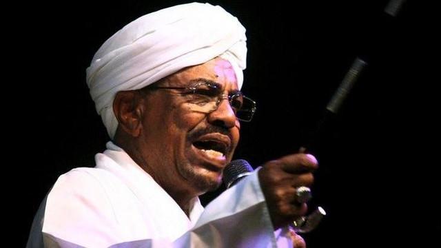 Sudan eski devlet başkanına 2 yıl hapis cezası