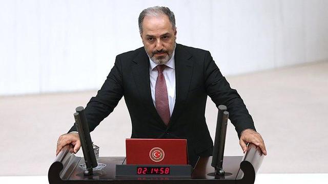 AK Parti'den istifa eden Mustafa Yeneroğlu'nun partisi belli oldu