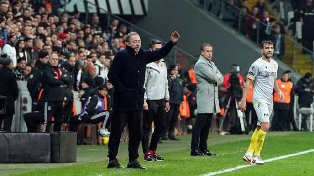 Sergen Yalçın'ın Beşiktaş'a karşı ilk galibiyeti