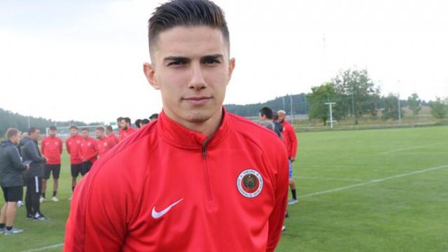 Berat Özdemir transferi için Beşiktaş ve Trabzonspor karşı karşıya!