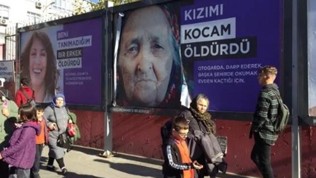 Küçükçekmece sokaklarına asılan afişlere tepki !