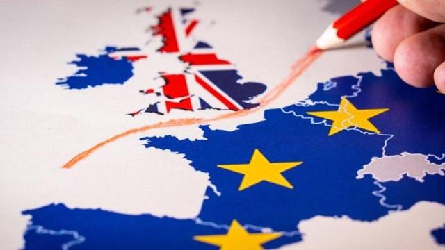 Brexit yasası Avam Kamarası'ndan kabul edildi
