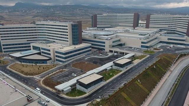 Sağlık Bakanı'ndan ''şehir hastanesi'' resti !