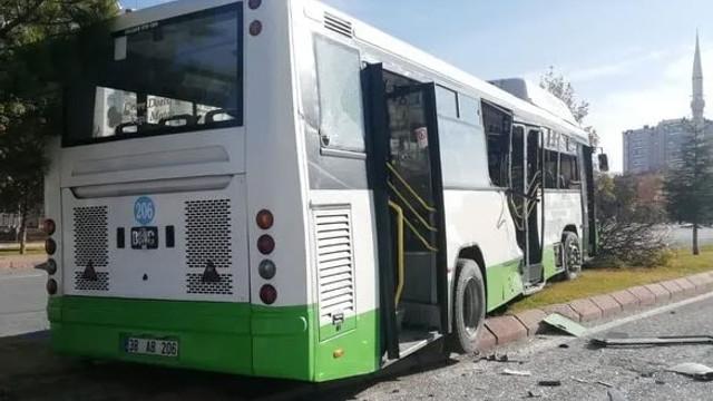 Özel halk otobüsünde dehşet: Yaralılar var!