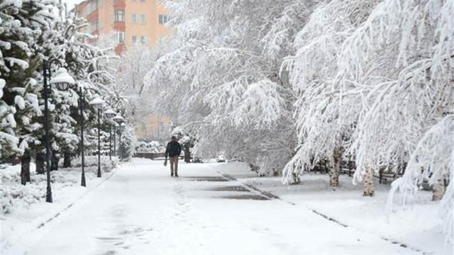Kar, yağmur, soğuk... Meteoroloji'den yeni uyarı geldi