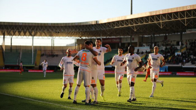 ÖZET   Alanyaspor 5-1 Adanaspor maç sonucu