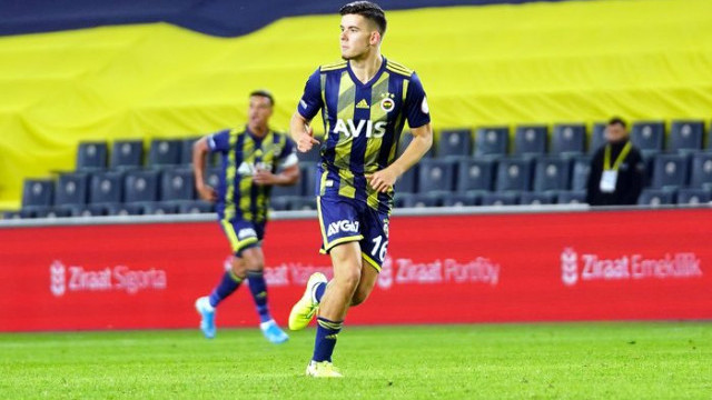 Ferdi Kadıoğlu'dan Fenerbahçe formasıyla ilk kez 11'de