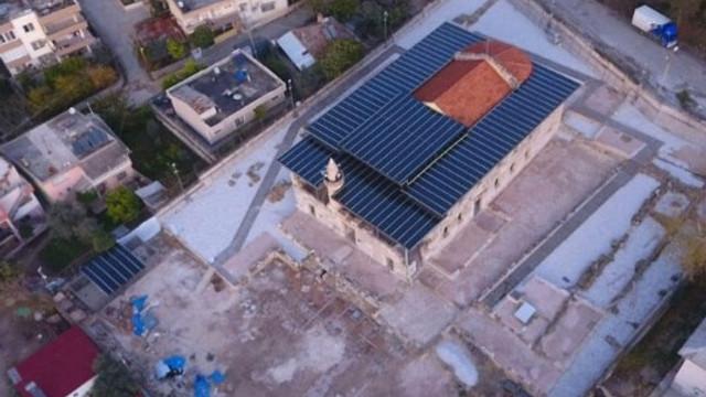 Tarihi camiye metal çatı yaptılar