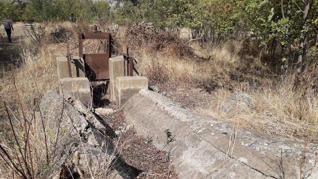 Köylüler icralık oldu, araziler kurudu