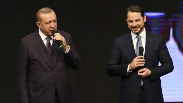 AK Parti'de liderlik çatlağı: ''Kendi reklamını yapıyor''