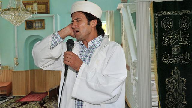 Türkiye'nin konuştuğu ''Rockçı imam'' adaylığını açıkladı