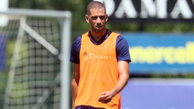Tuttosport: Real Betis sezon sonunda Islam Slimani transferini bitirecek