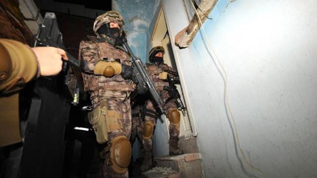 4 bin polisle dev operasyon: 125 gözaltı