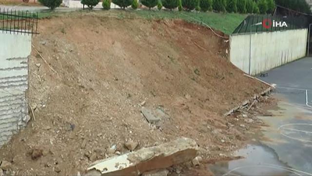 İstanbul'da istinat duvarı okul bahçesine yıkıldı