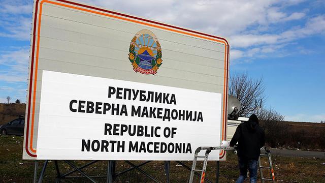 Makedonya'nın yeni isminin tabelası konuldu