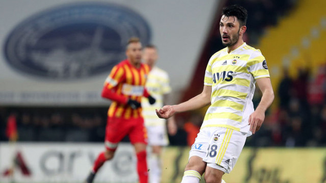 Tolgay Arslan'ın Beşiktaş derbisinde oynaması zor