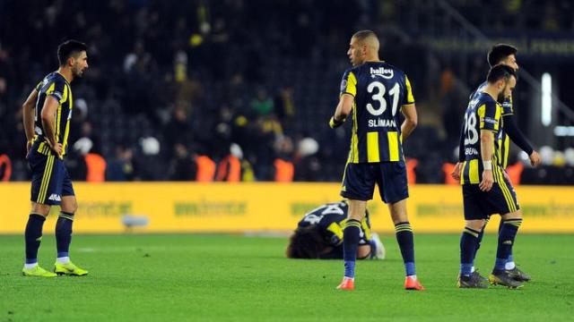 Fenerbahçe son 28 yılın en kötü iç saha performansını sergiledi