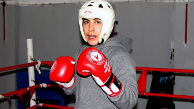 Milli kick boksçu Zeynep'in hedefi dünya şampiyonluğu