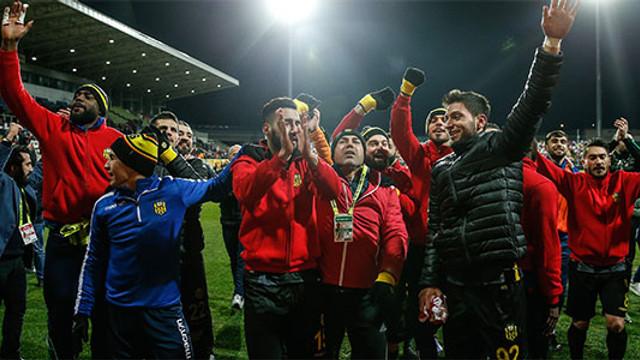 ''Galatasaray'ı da yenerek final oynamak istiyoruz''