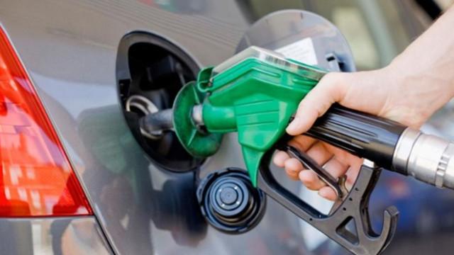 Benzine ve LPG'ye yeni zam